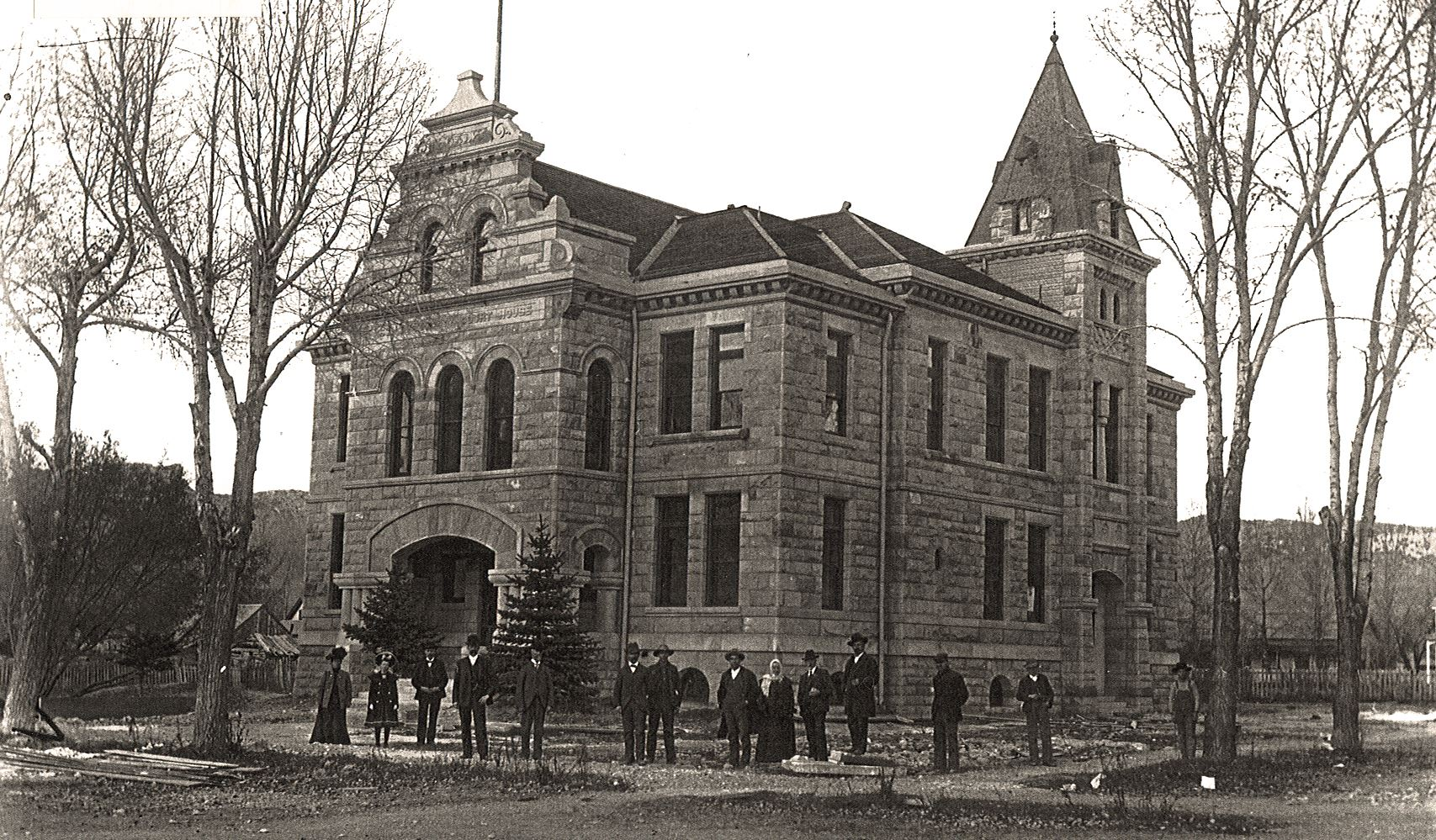 old_courthouse picture